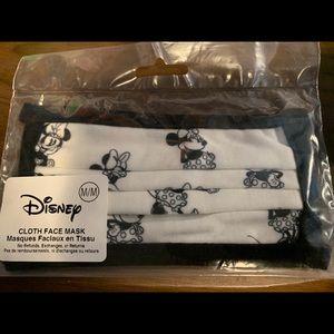 Minnie Mouse Disney Mask - size M
